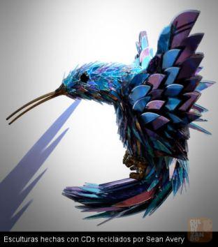 10. Esculturas hechas con CDs reciclados por Sean Avery 01