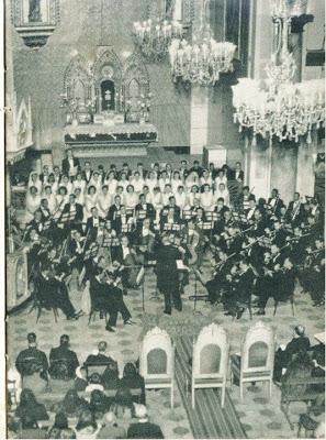 Iglesia de San Jose ( parroquia San José) 1947 Orquesta Sinfonica de Venezuela con el Maestro Vicente Emilio Sojo. Fuente:http://mariafsigillo.blogspot.com/2013/03/la-semana-santa-en-la-caracas-del-siglo.html?spref=tw